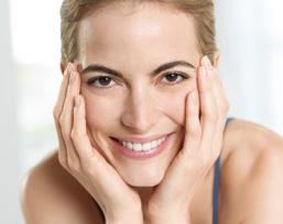 Fühlen Sie, wie frisch und gepflegt sich Ihre Haut danach anfühlt: perfekt für das Ende Ihres Tages und als Vorbereitung auf eine erholsame Nacht – für Sie und Ihre Haut.