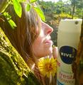 NIVEA Botschafterin Wenke S. über NIVEA Deo Fresh Flower